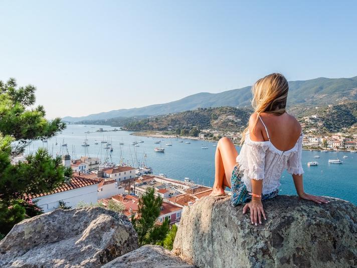 grecia the blonde abroad